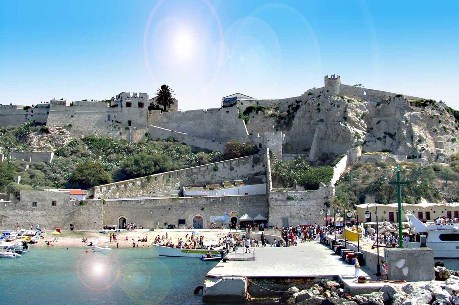 Matrimonio Spiaggia Margherita Di Savoia : Spiagge puglia i paesi di mare con le al top